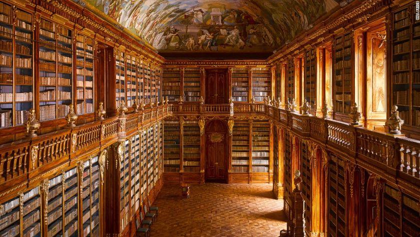 Σσσσ! ρίξτε μια ματιά στις 15 πιο εκλεκτές βιβλιοθήκες του κόσμου