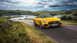 Mercedes-AMG GT S Roadster - beauty monster